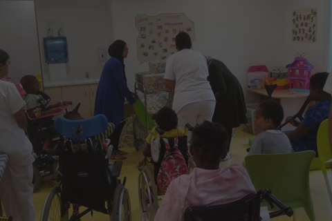 Permalink to:Opération partage de Kdo pour les enfants de l'hôpital des enfants